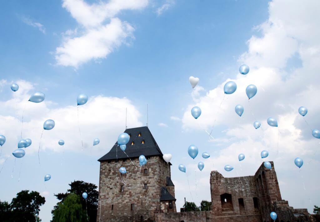 Burg Nideggen 1024x709 - Eine Hochzeit beginnt mit der Planung - Ihre Hochzeits-Checkliste als Download