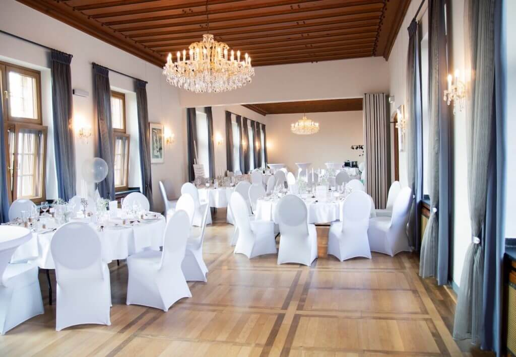 Rittersaal 1024x709 - Eine Hochzeit beginnt mit der Planung - Ihre Hochzeits-Checkliste als Download